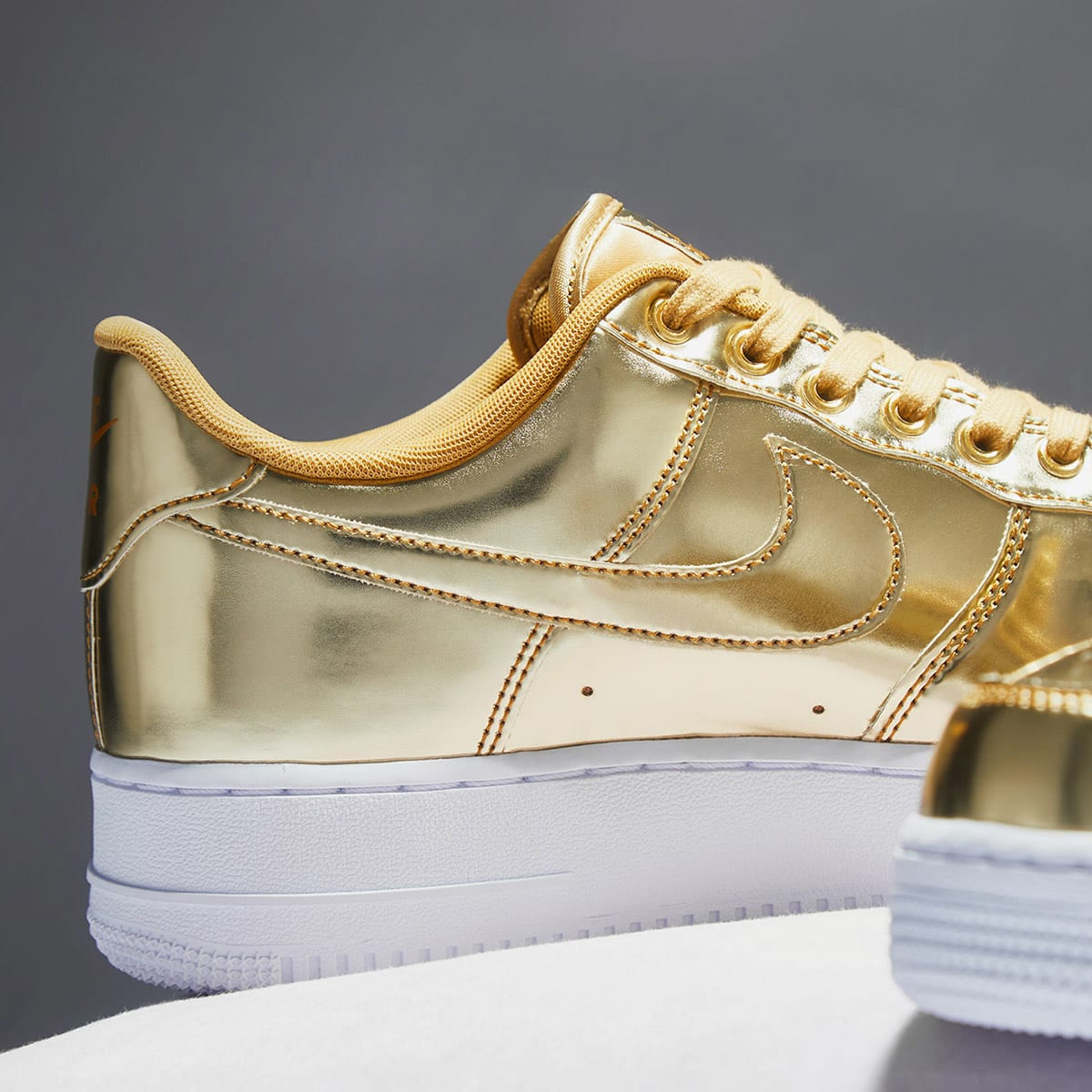 Nike Air Force 1 SP W - CQ6566-700