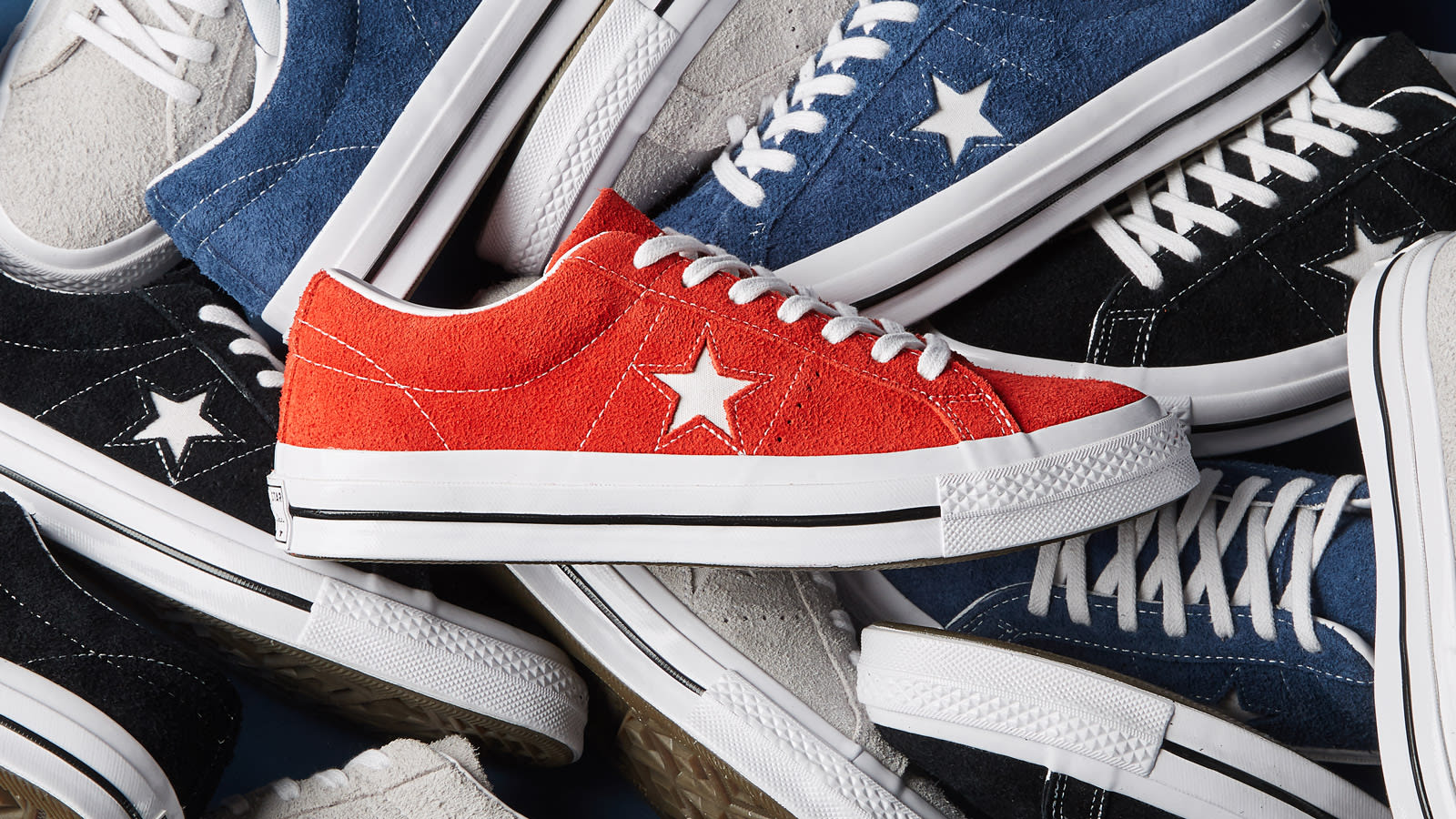 END. Features | Converse One Star 74