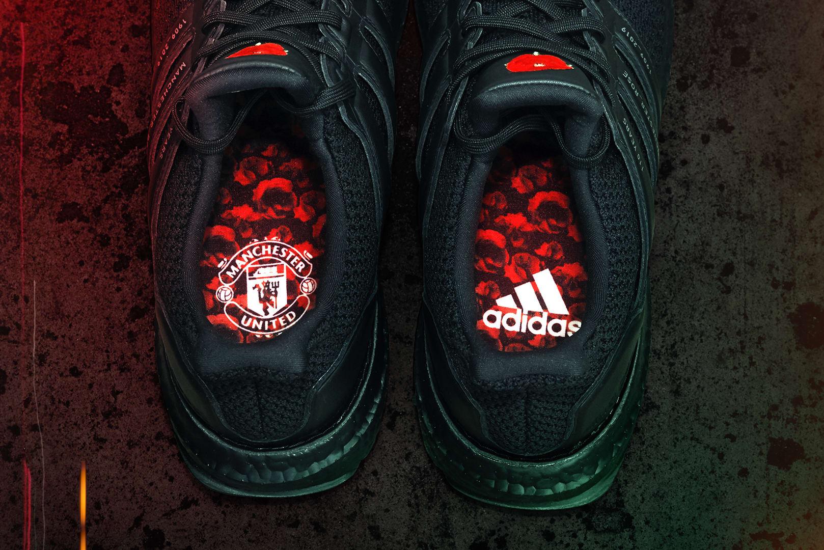 adidas x Manchester United Ultra Boost - EG8088