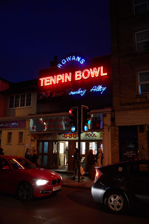 END. London City Guide: Mini Swoosh playing pool at Rowans Ten Pin Bowling in Finsbury Park