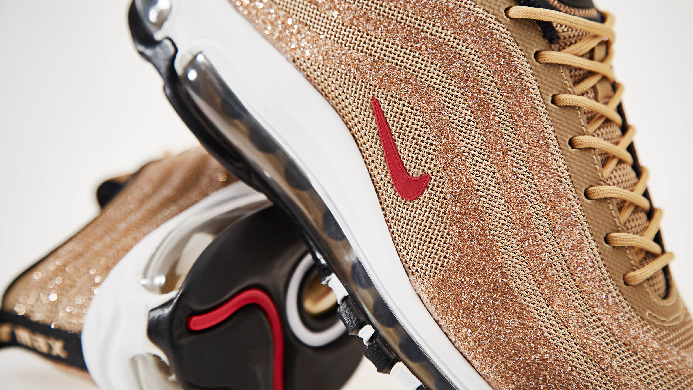 new products a5226 60327 END. Features | Nike Air Max 97 LXX W 'Metallic Gold ...