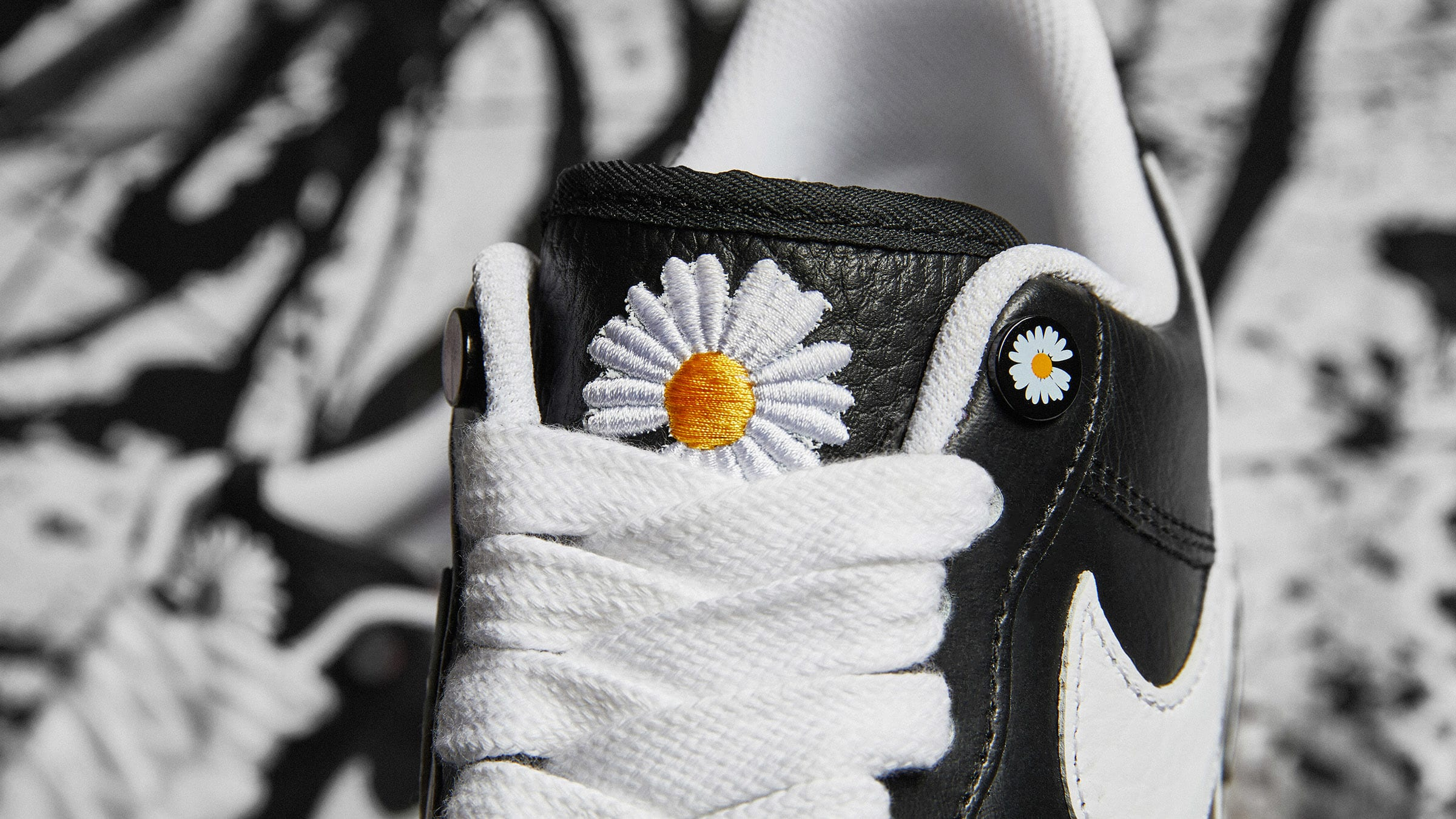 PEACEMINUSONE x Nike Air Force 1 Low