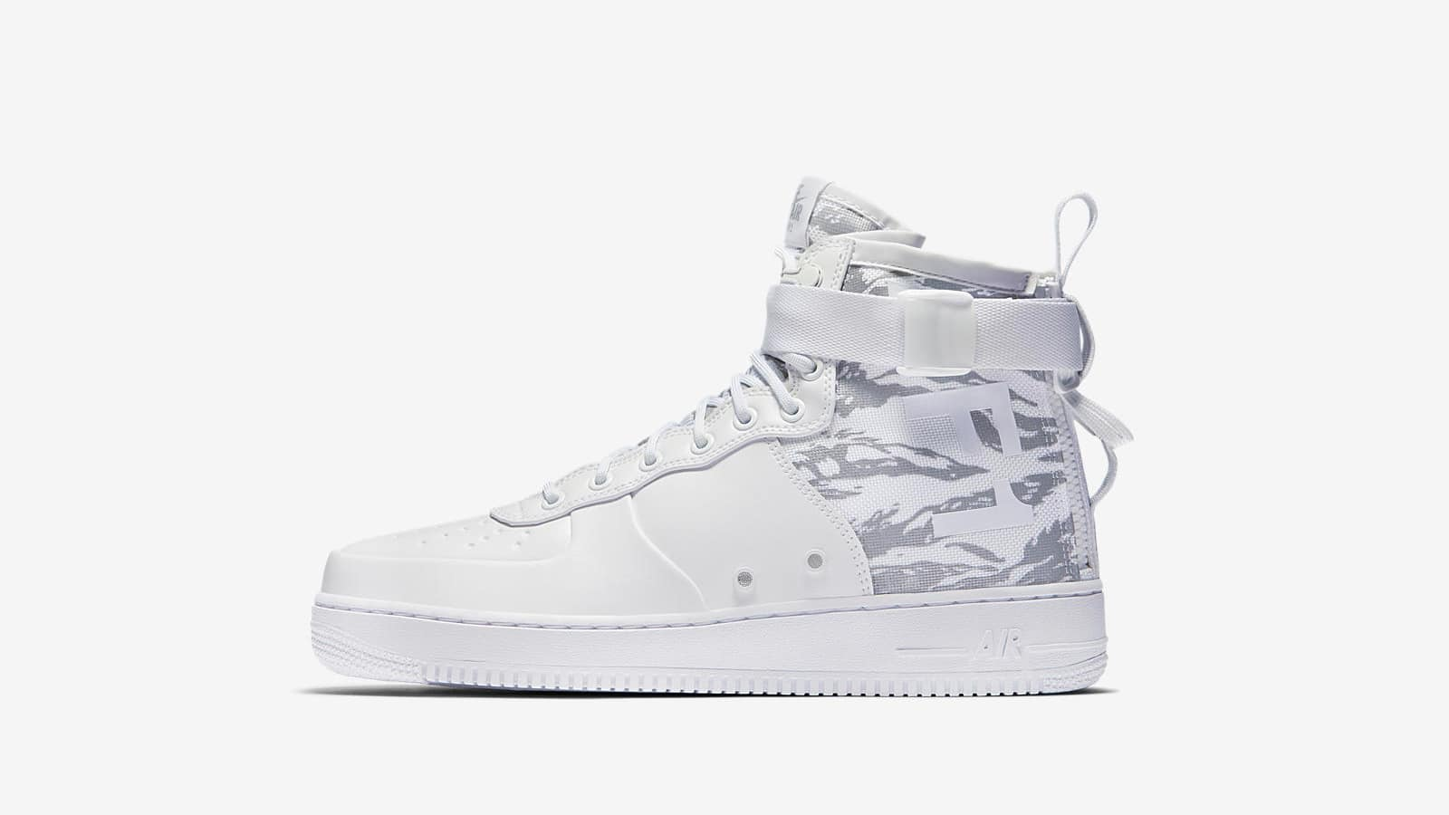 END. Features | Nike Winter Whites Pack Now Online