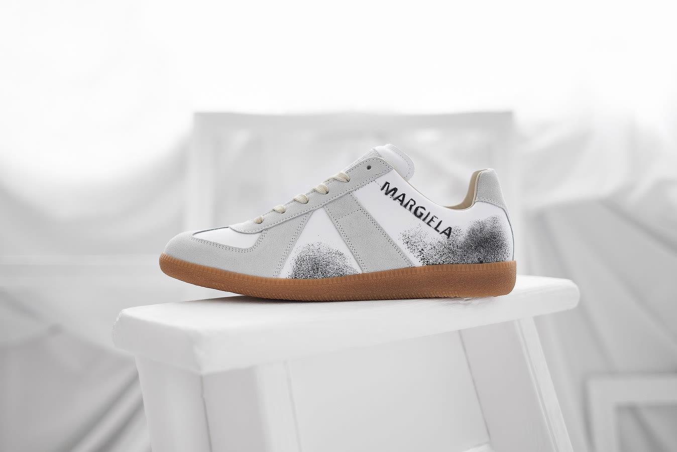 Maison Margiela Replica 22 Graffiti Sneaker END. Exclusive - S57WS0236-P2803-H4108