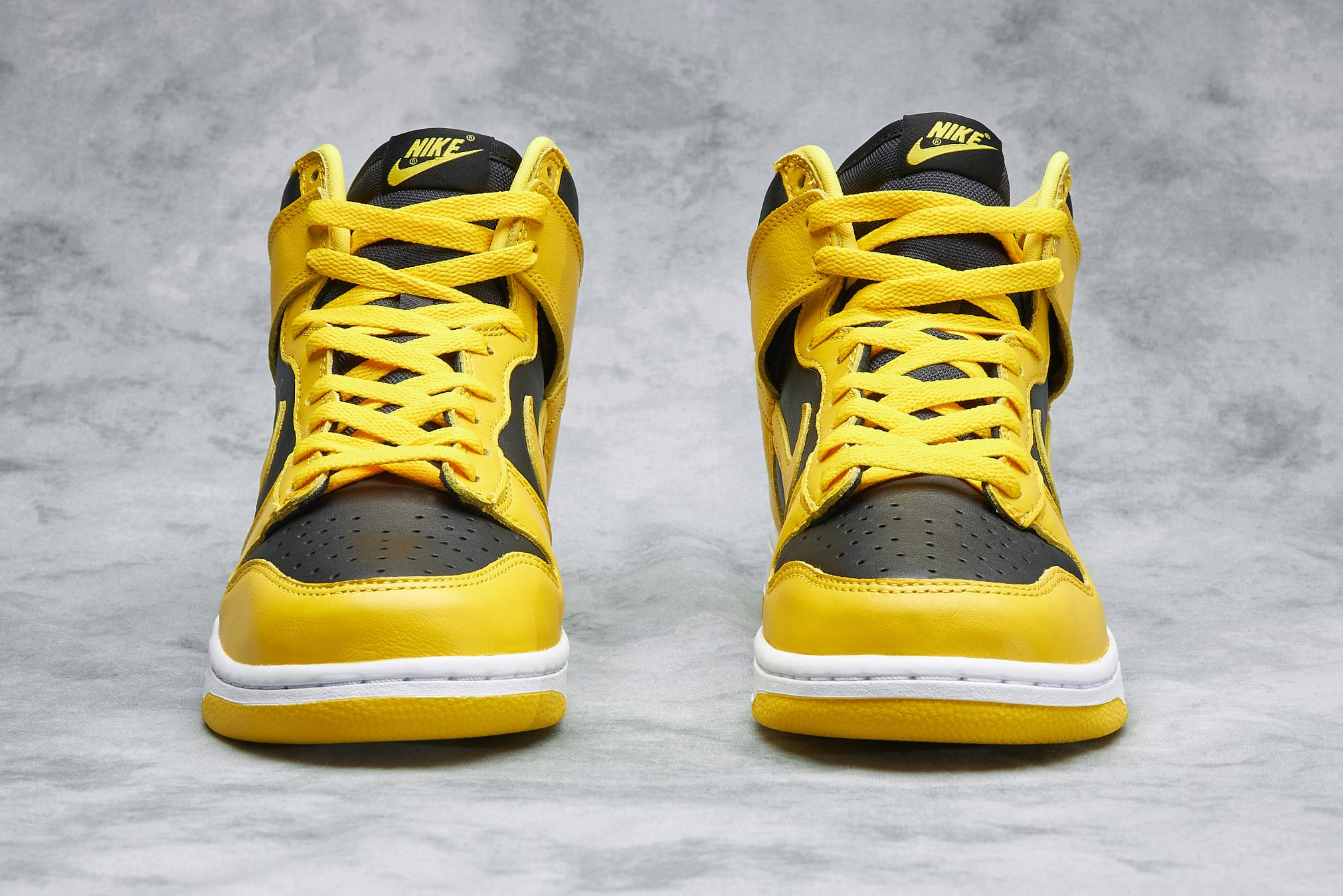 "Nike Dunk Hi SP ""Varsity Maize"" - CZ8149-002"
