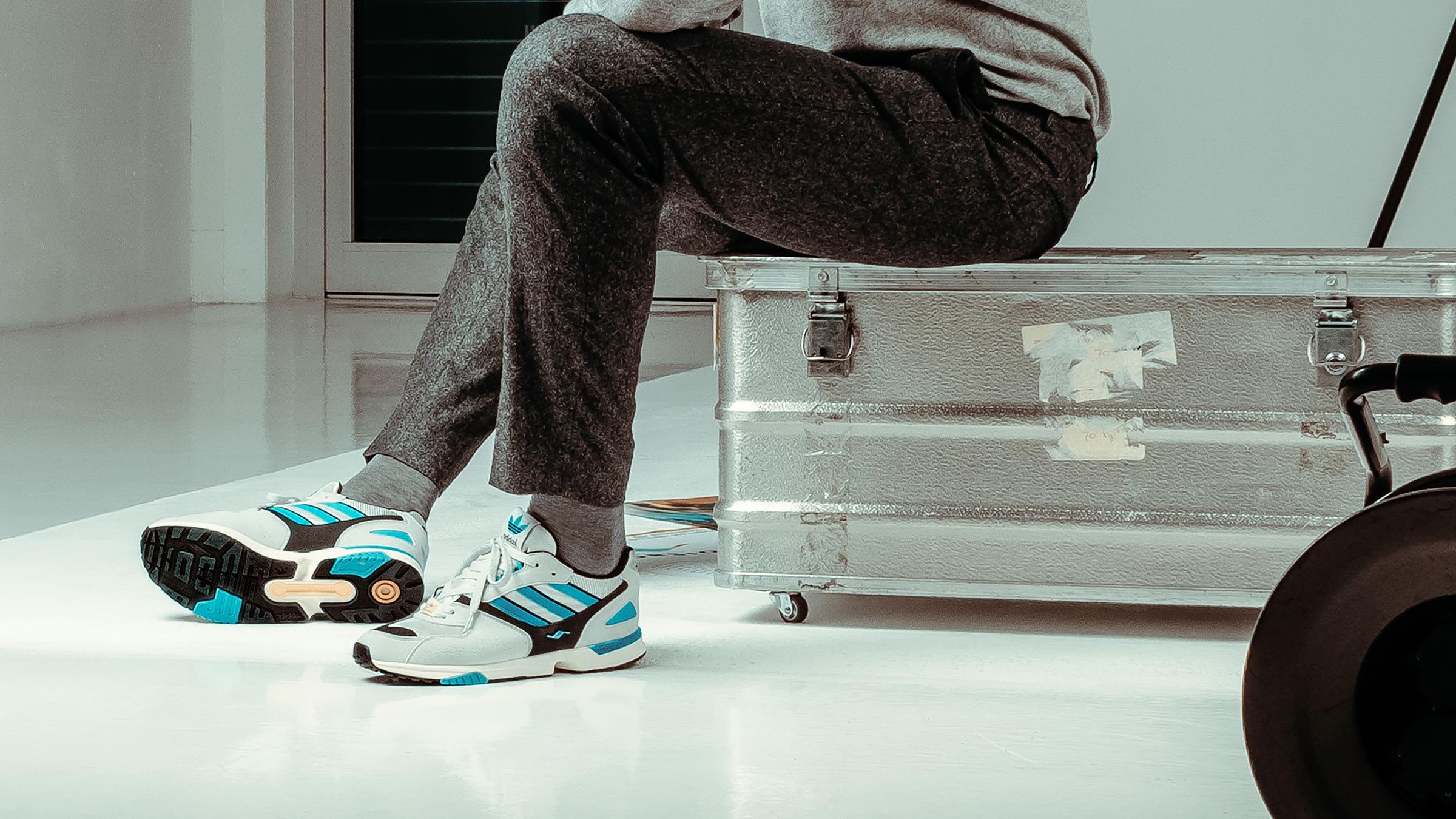 adidas Consortium ZX 4000 - Register