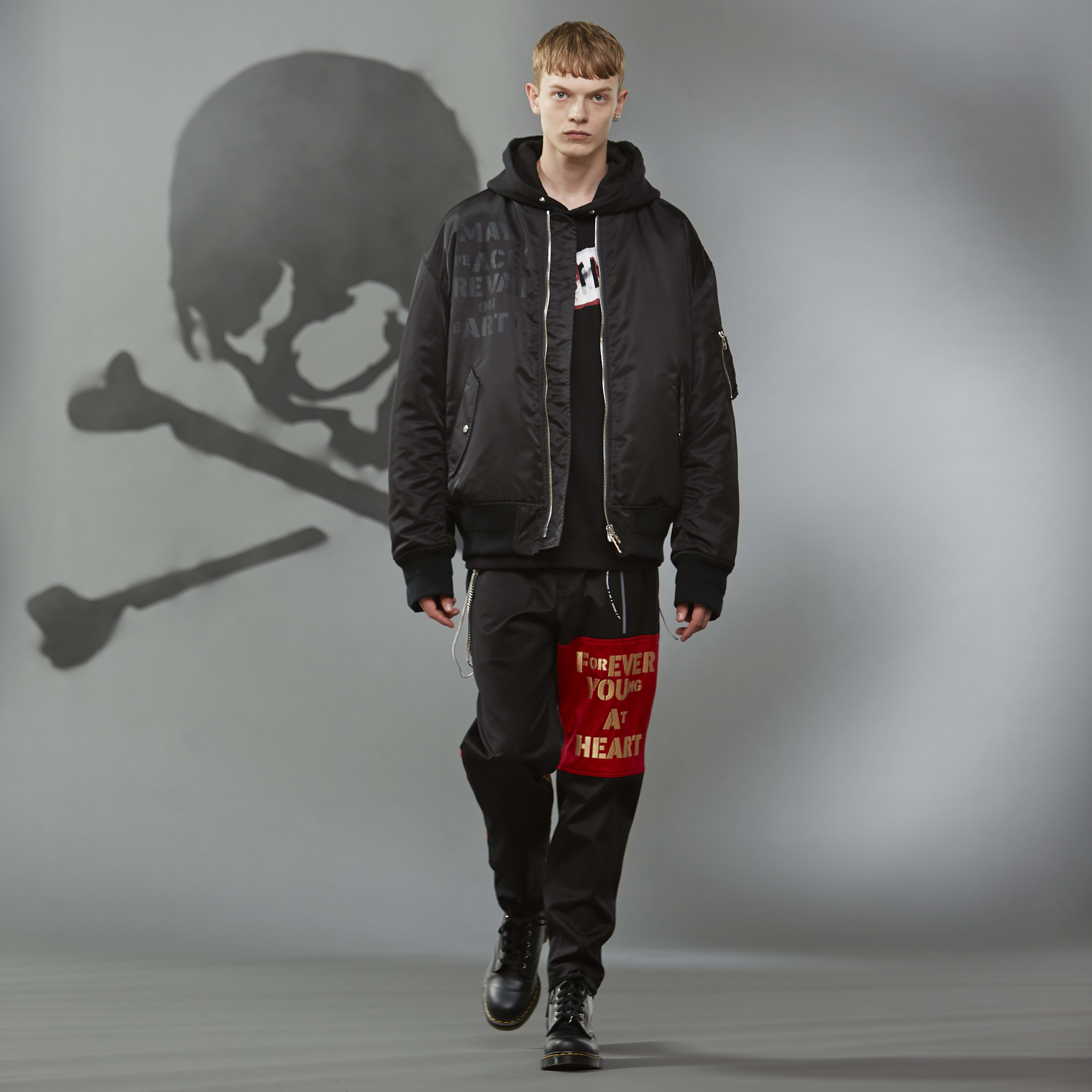 "MASTERMIND WORLD FW19 look book presentation with ""forever young at heart"" print"