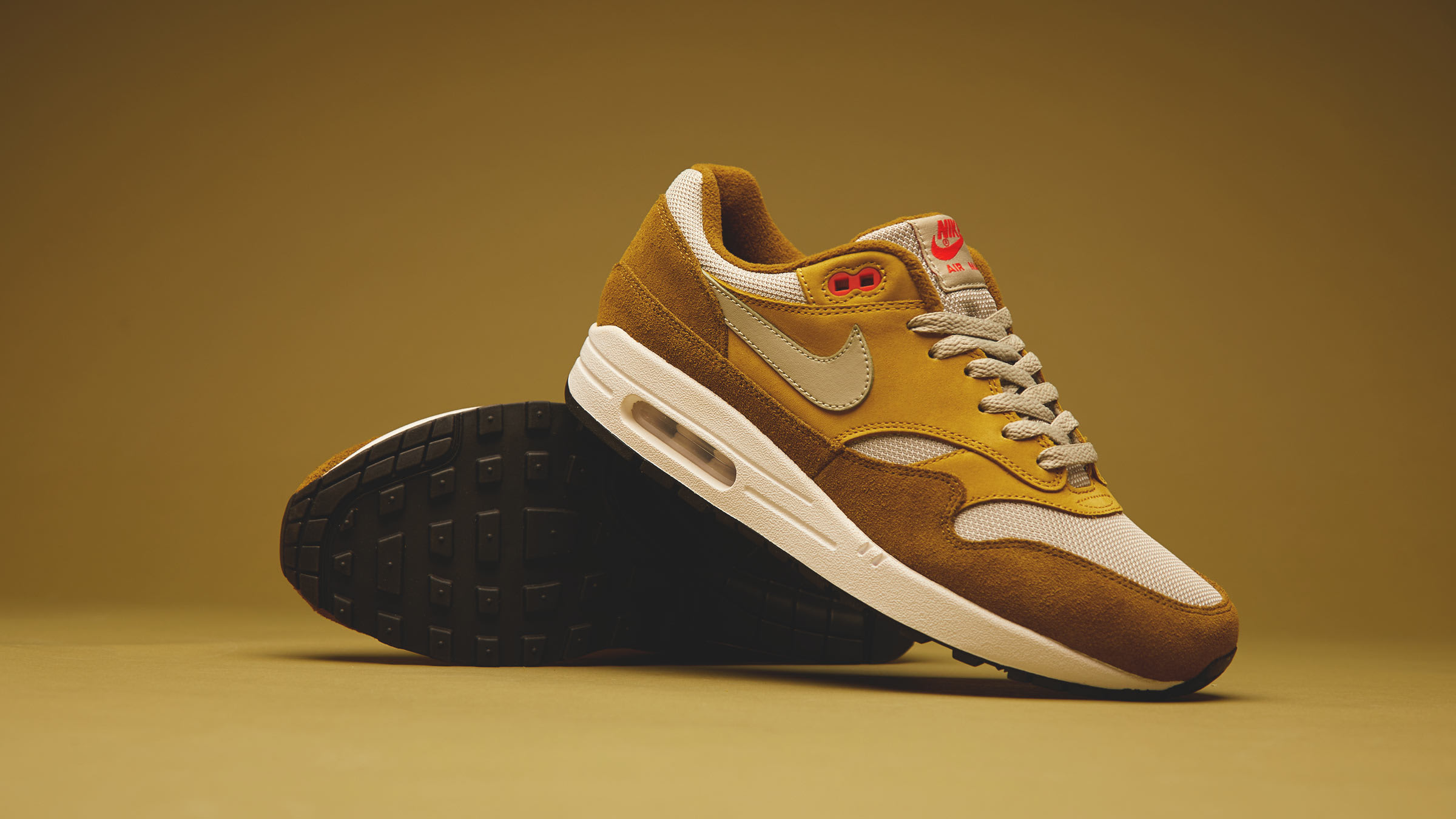 END. Features | Nike Air Max 1 'Curry' Pack Register Now