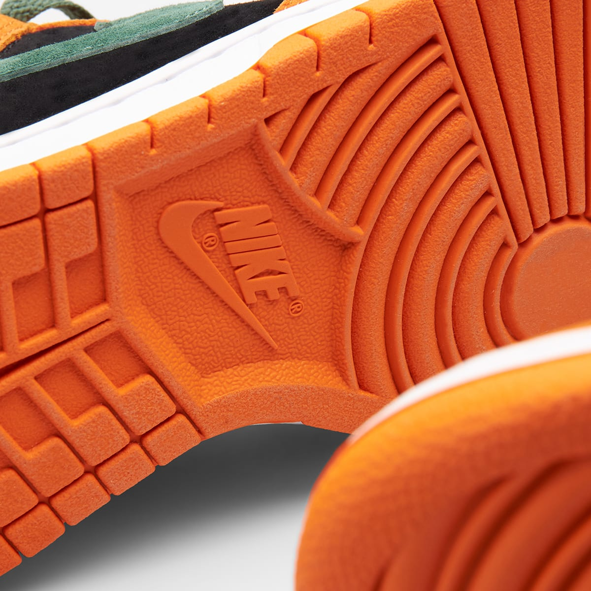"Nike Dunk Low SP ""Ceramic"" - DA1469-001"