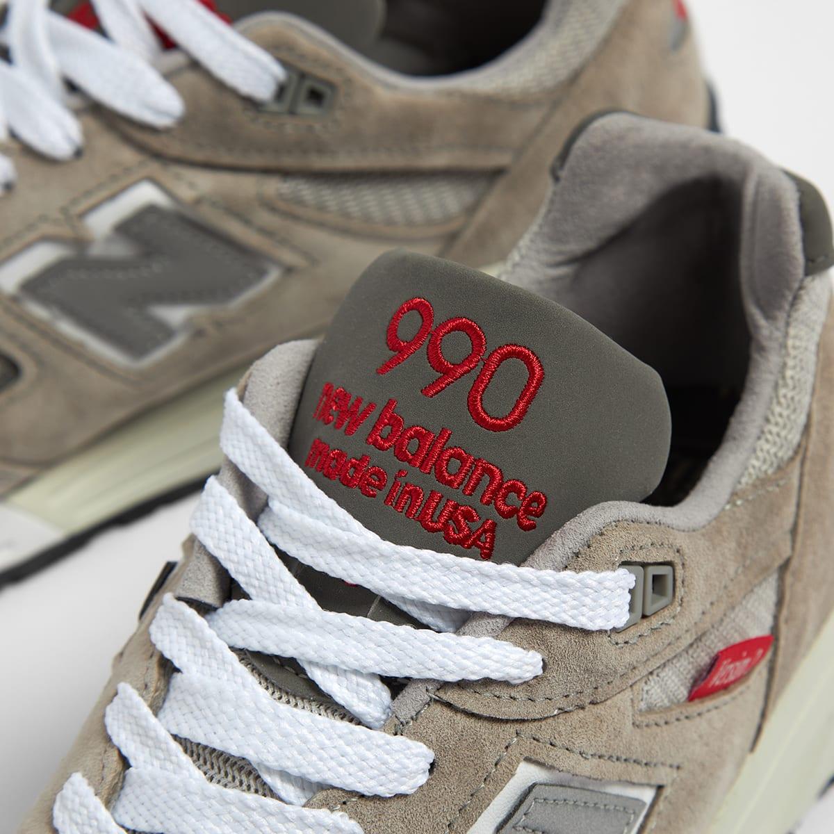 New Balance 990 V2 - M990VS2