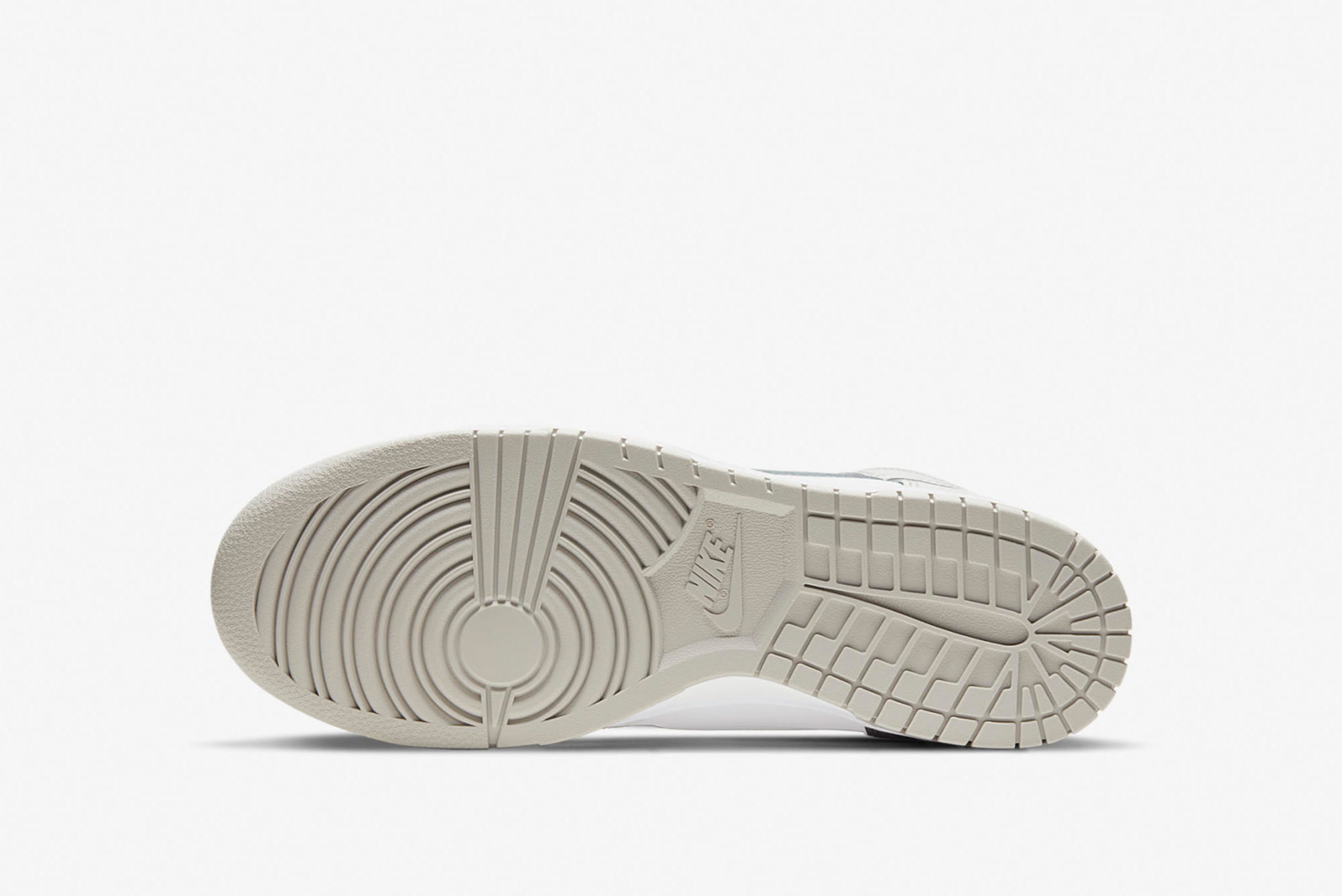 Nike Dunk Hi Retro - DD1399-100