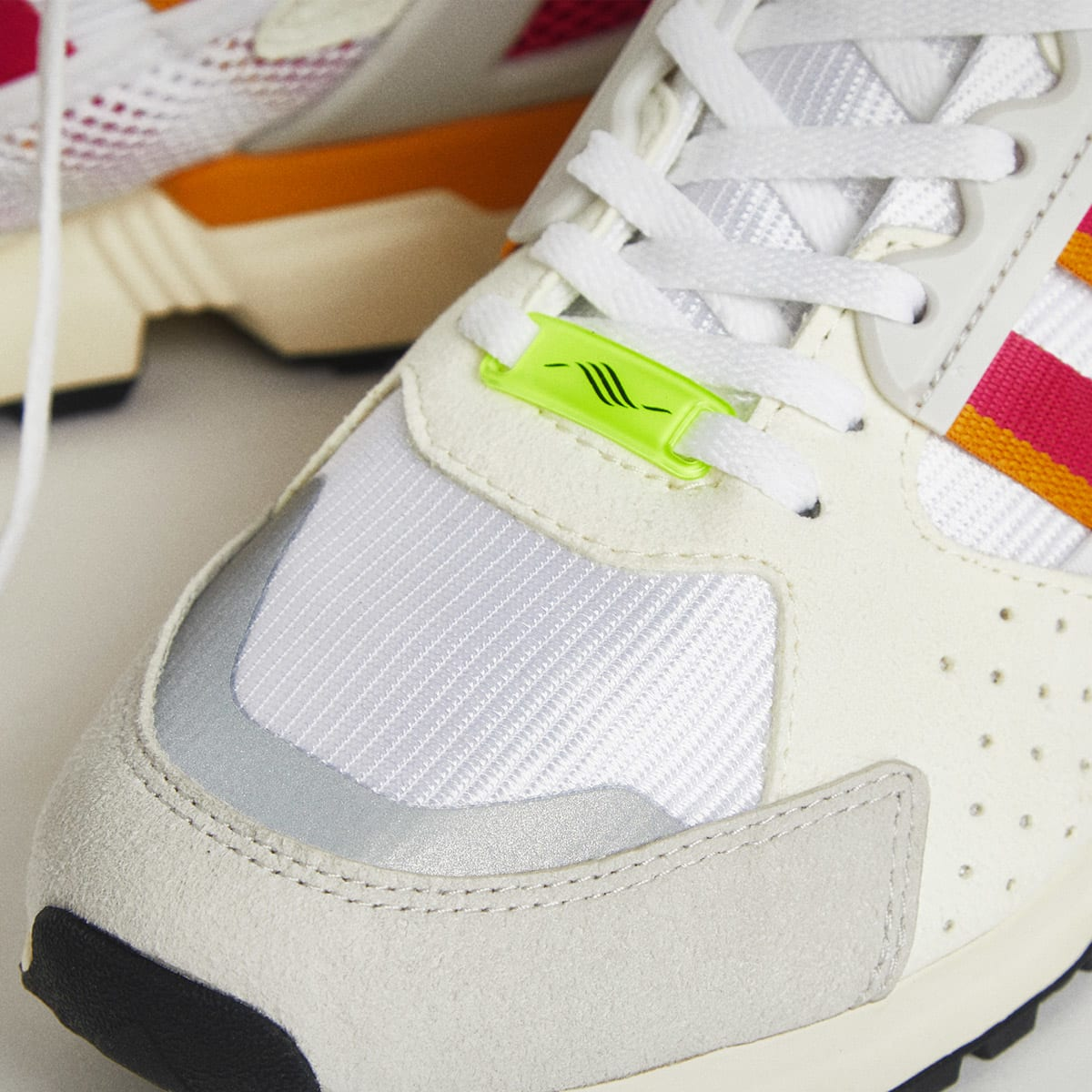 END. Features | adidas ZX 10,000 C