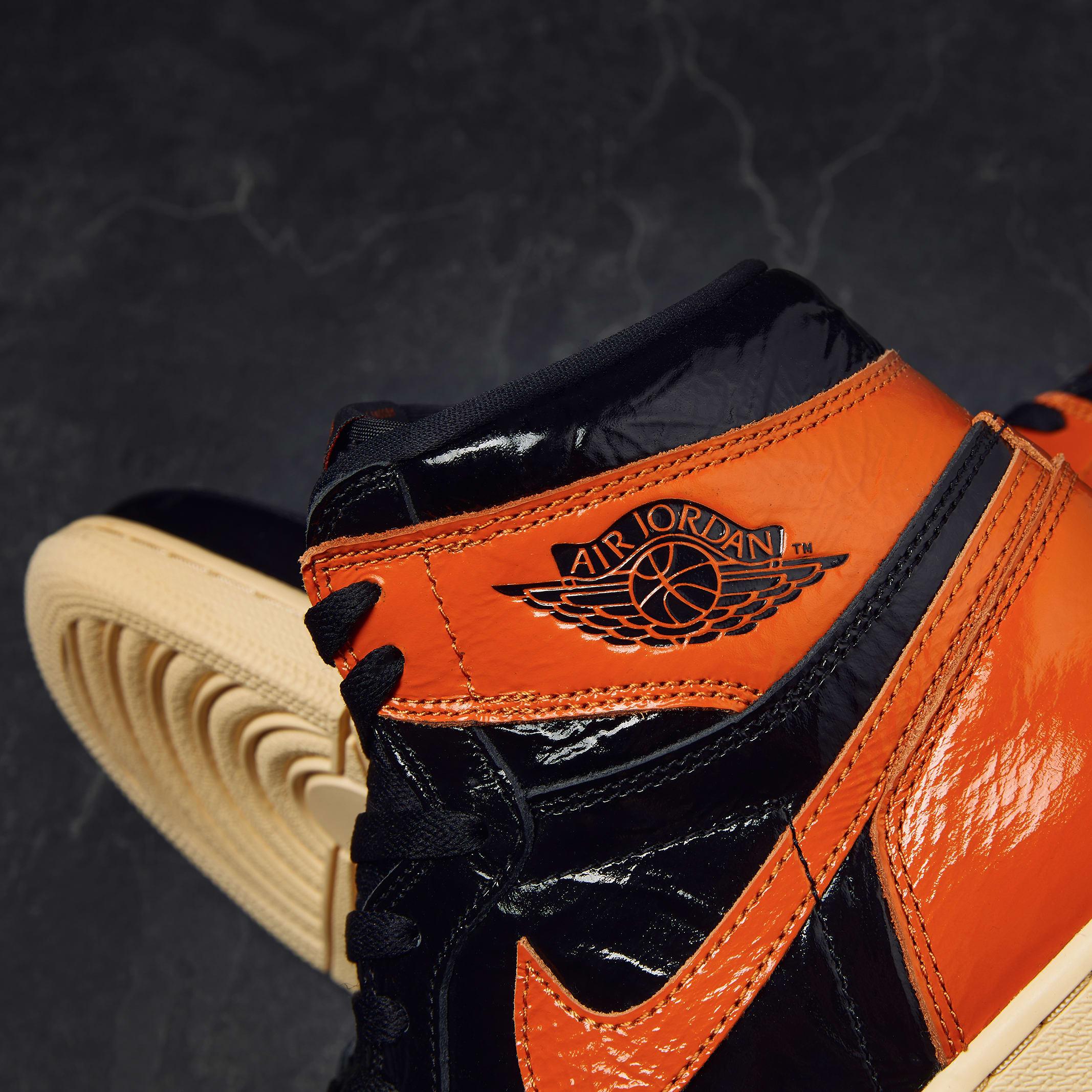 Air Jordan 1 Retro High OG 'Shattered Backboard 3.0' - 555088-028