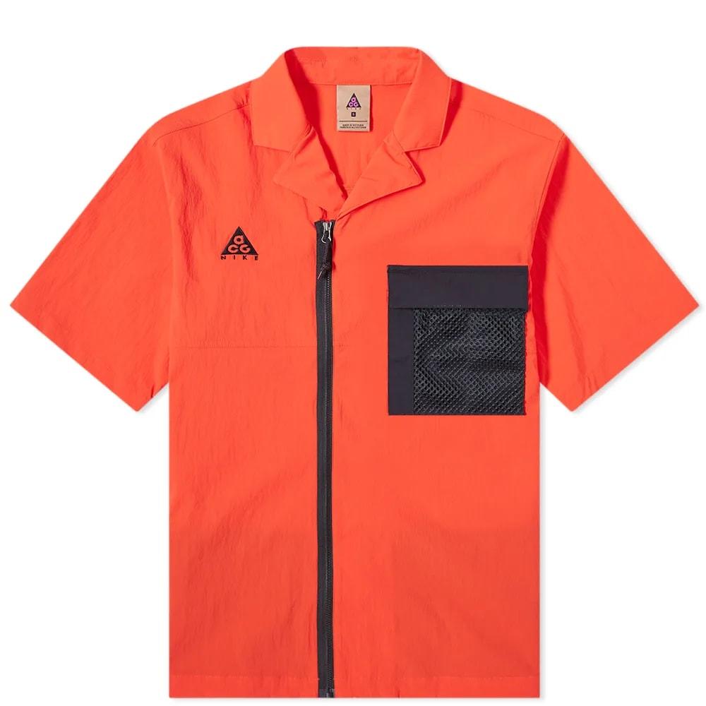 Nike ACG Short Sleeve Shirt
