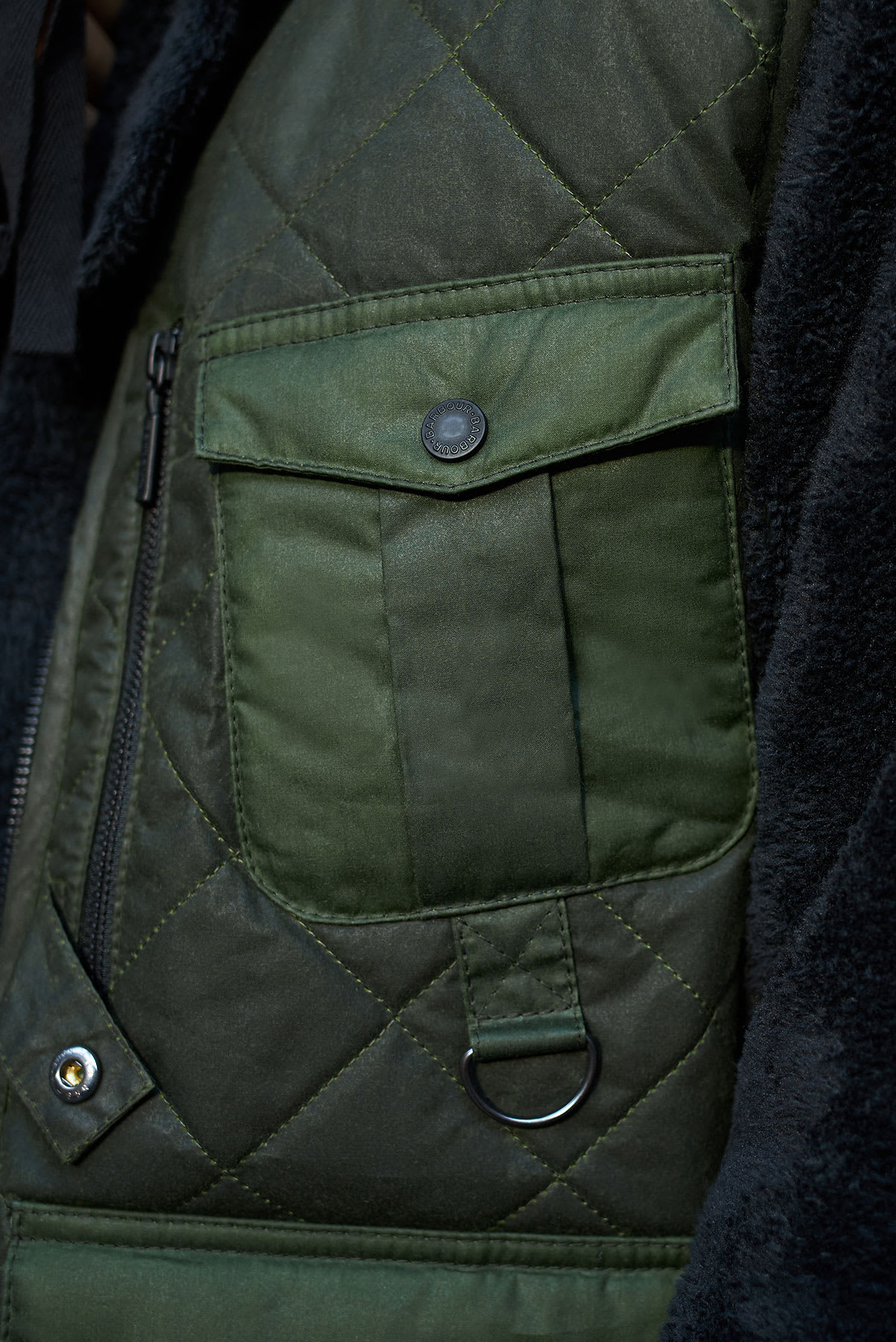 END. X BARBOUR Re-Engineered Fishing Vest - MGI0071-GN