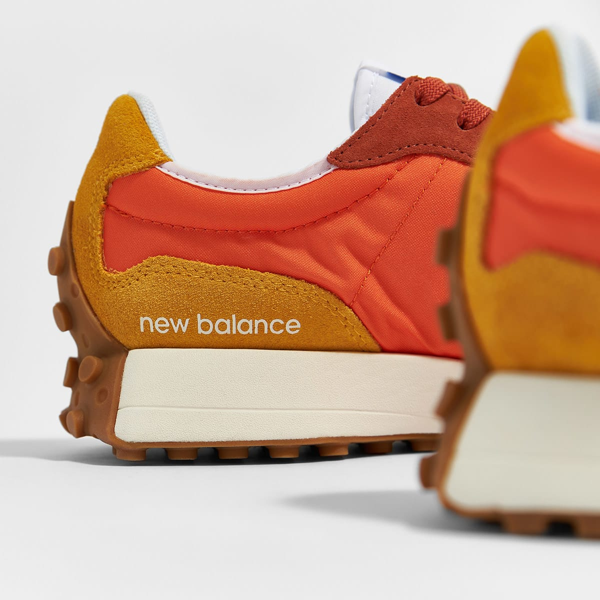 New Balance MS327CLA