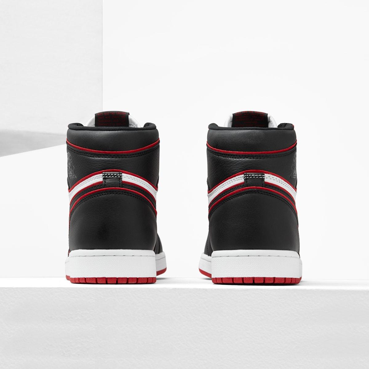 Air Jordan 1 High OG - 555088-062