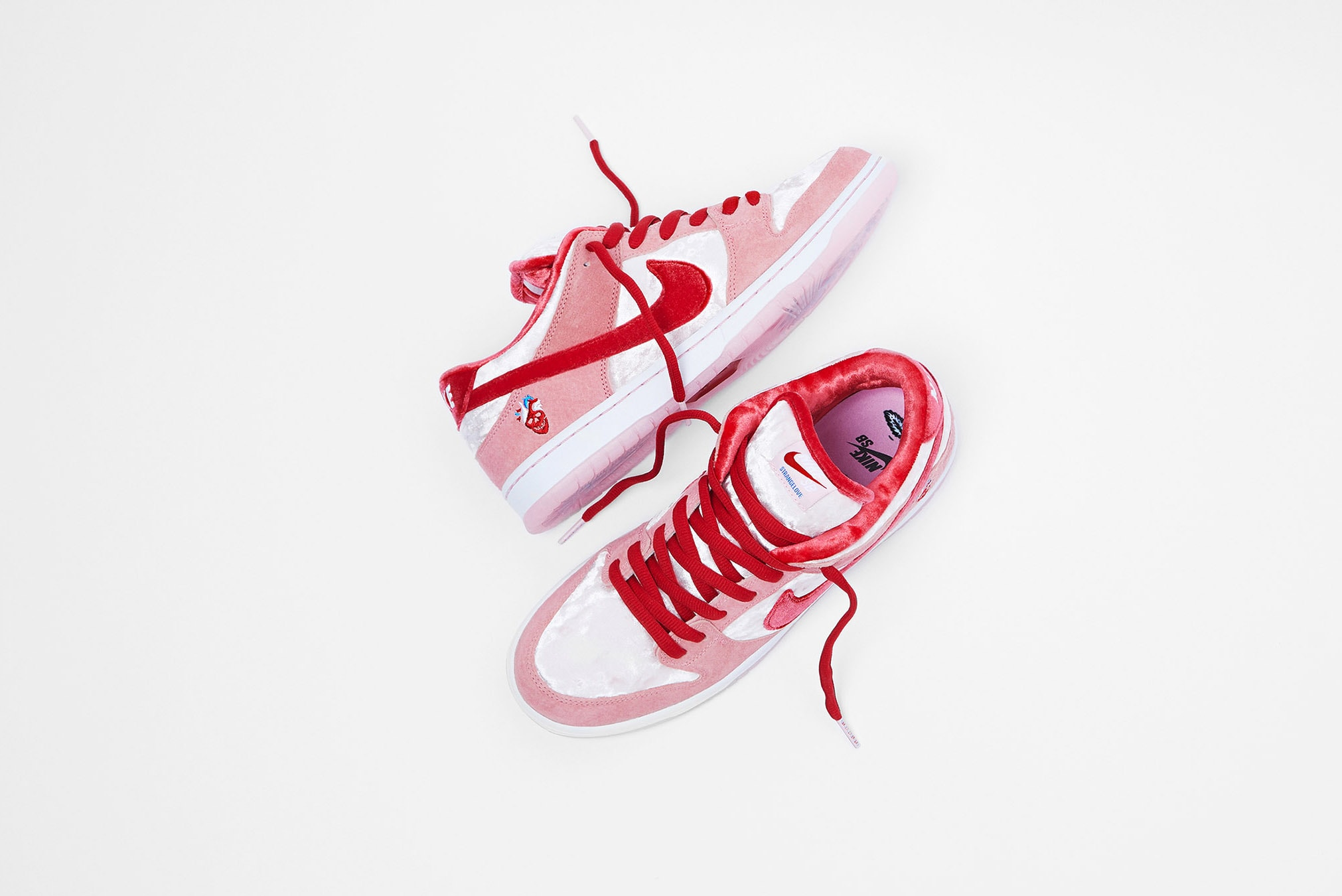 Nike SB x Strangelove Dunk Low Pro - CT2552-800