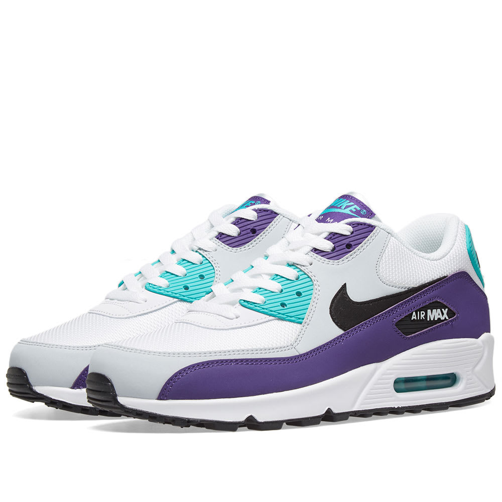 reputable site 35ffe 7d6ed Nike Air Max 90 Essential