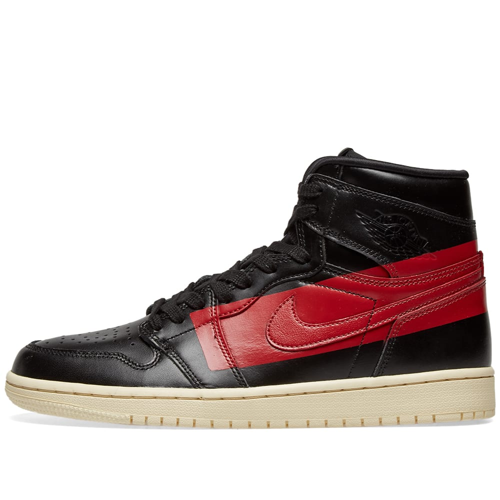 buy popular fd1eb e5bfc Air Jordan 1 High OG Defiant Black, Gym Red   Muslin   END.