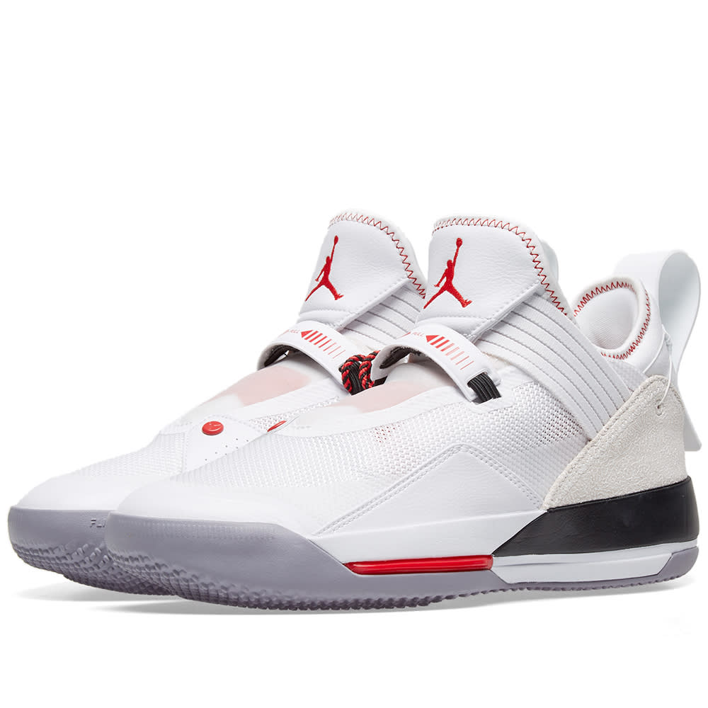 2f9118c5463d Air Jordan XXXIII SE White