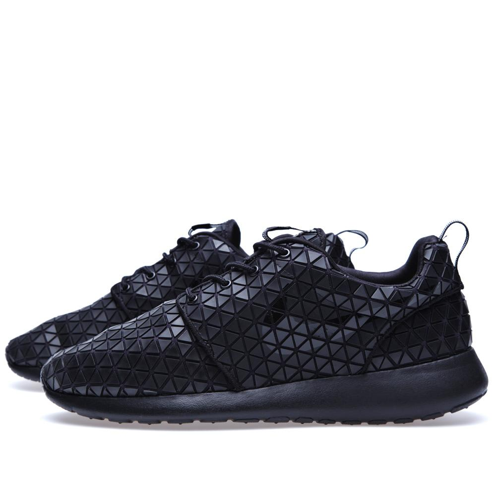 ed4bd1d3c0daf Nike Roshe Run Metric QS Black