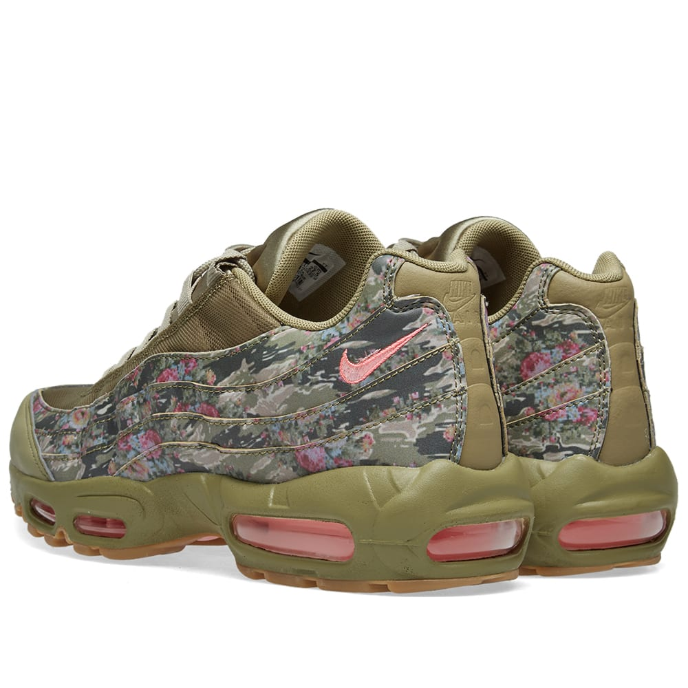 buy popular 5efe7 65448 Nike Air Max 95 W Neutral Olive   Arctic Punch   END.