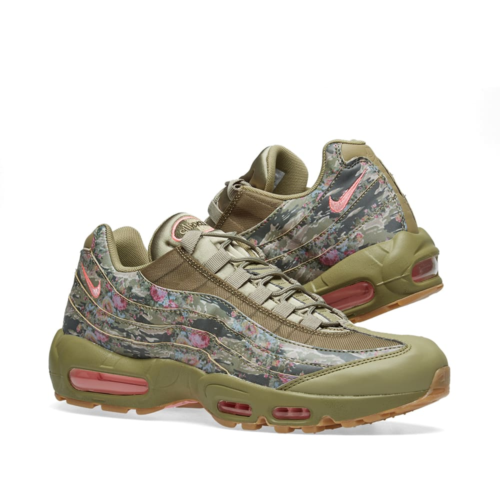 343a39ece5 Nike Air Max 95 W Neutral Olive & Arctic Punch | END.