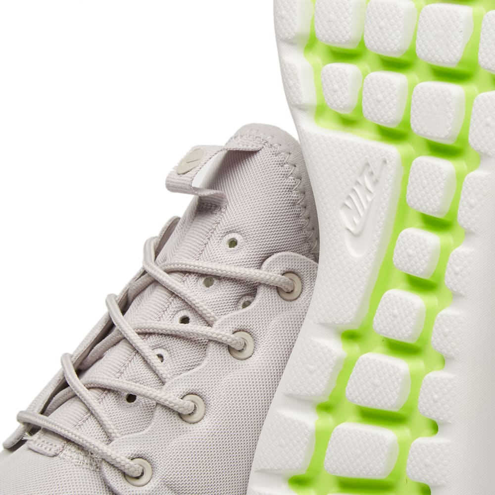 low priced badad fd1a1 Nike W Roshe Two Iron Ore, Summit White   Volt   END.