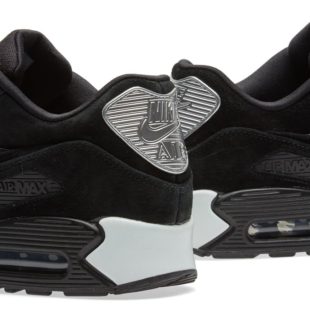 Nike Air Max 90 Rebel Skulls 700155 009 Release Date