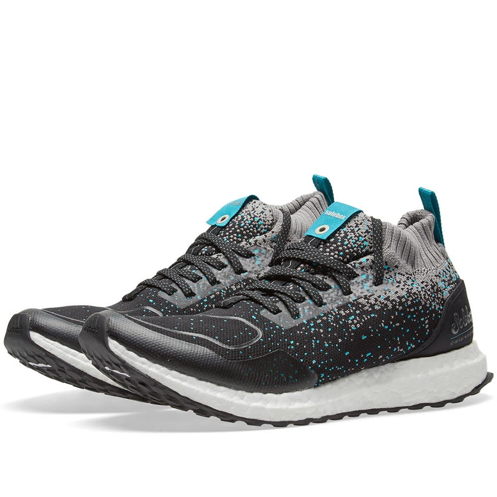 0618d6720 Adidas Consortium x Packer x Solebox Ultra Boost Mid Core Black   Energy  Blue
