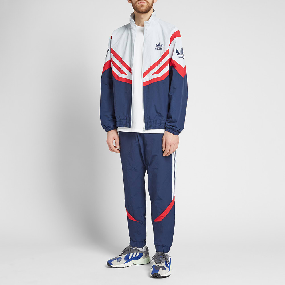 finest selection 85505 54065 Adidas Sportive Track Pant