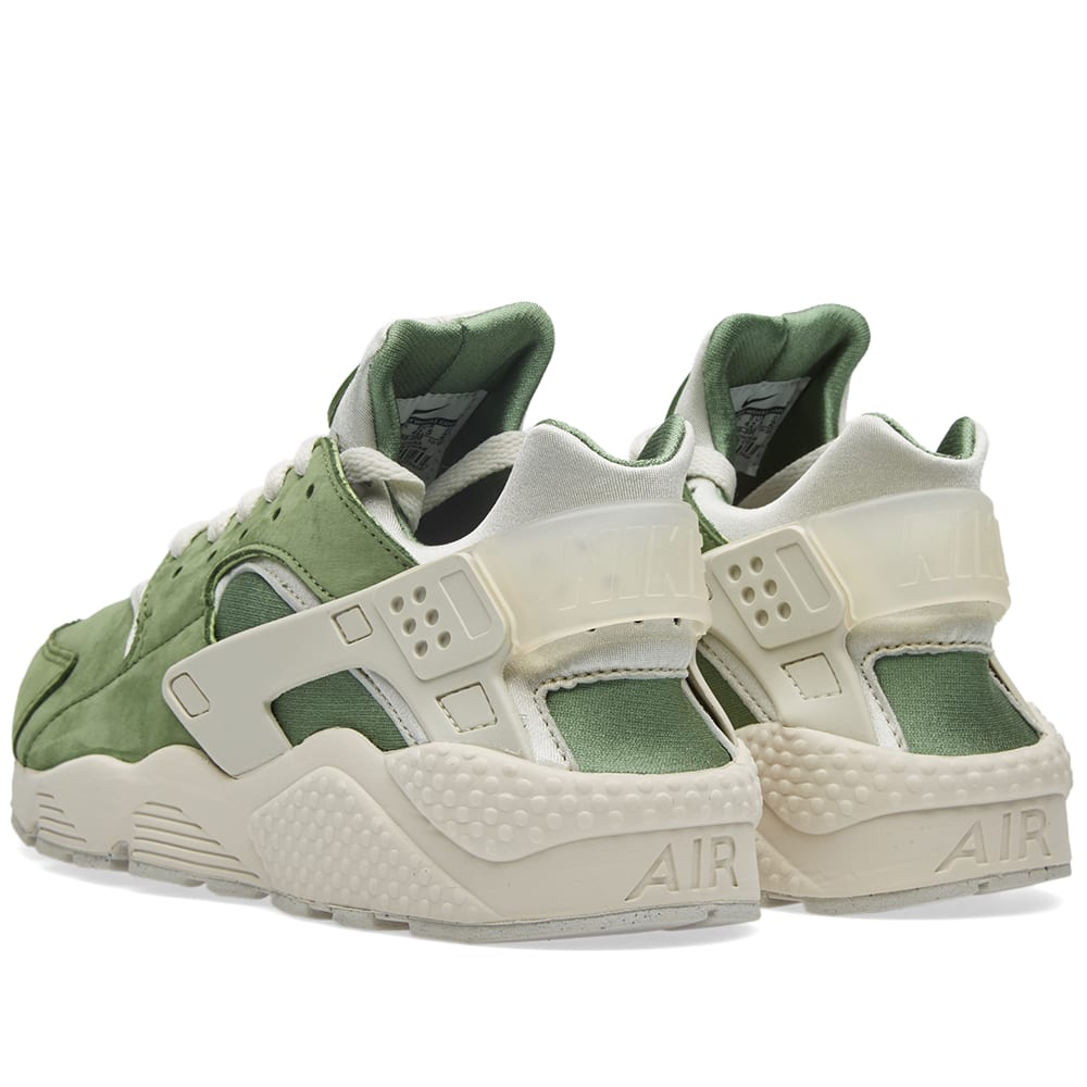 finest selection 6acea 0203a Nike Air Huarache Run Premium Treeline   Light Bone   END.