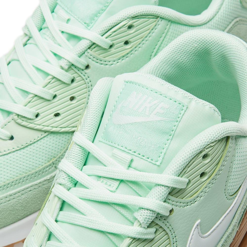 Nike Womens Air Max 90 Fresh MINT Green Running Shoes Sz 10