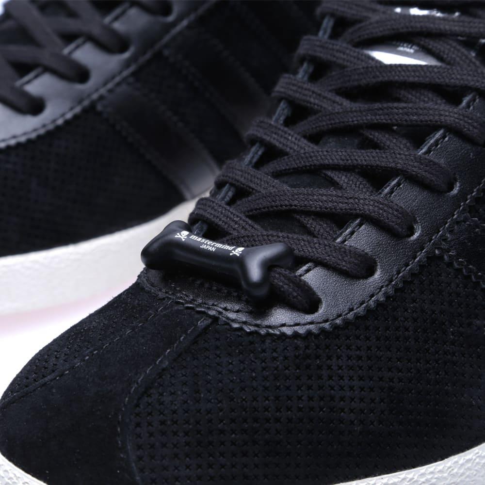 all black adidas gazelle