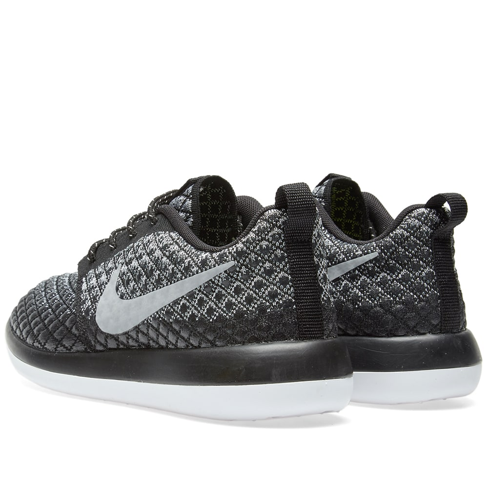 the latest 47060 b4d77 Nike W Roshe Two Flyknit 365 Wolf Grey, Black   White   END.