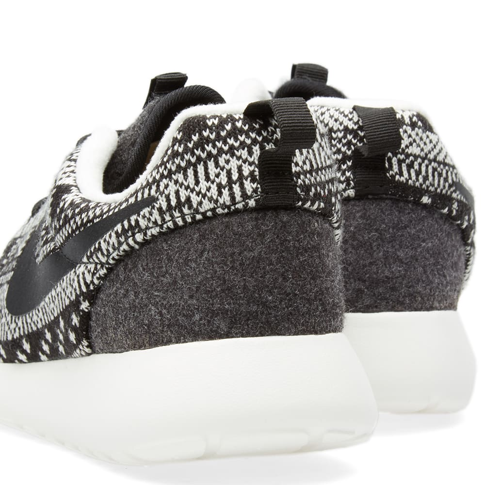 new arrival bd75a f6474 Nike W Roshe One Winter