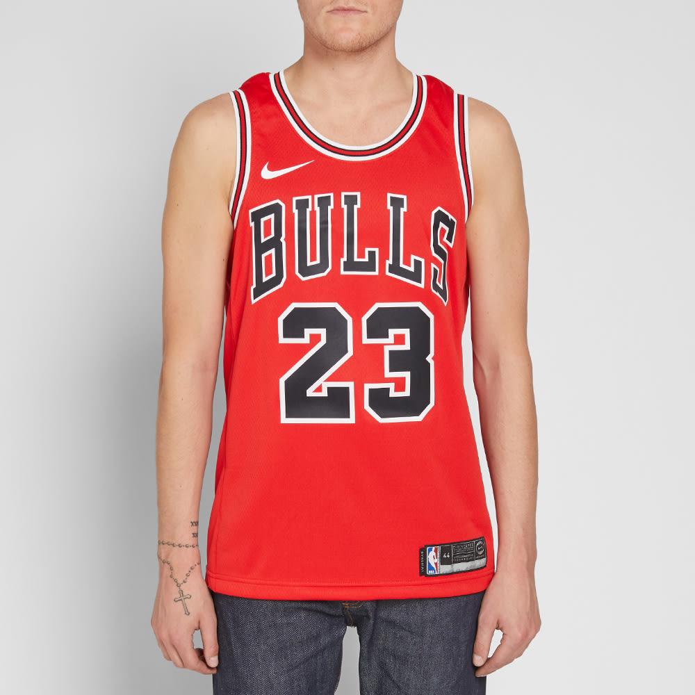 competitive price 26774 e8876 Nike Michael Jordan Chicago Bulls Swingman Jersey