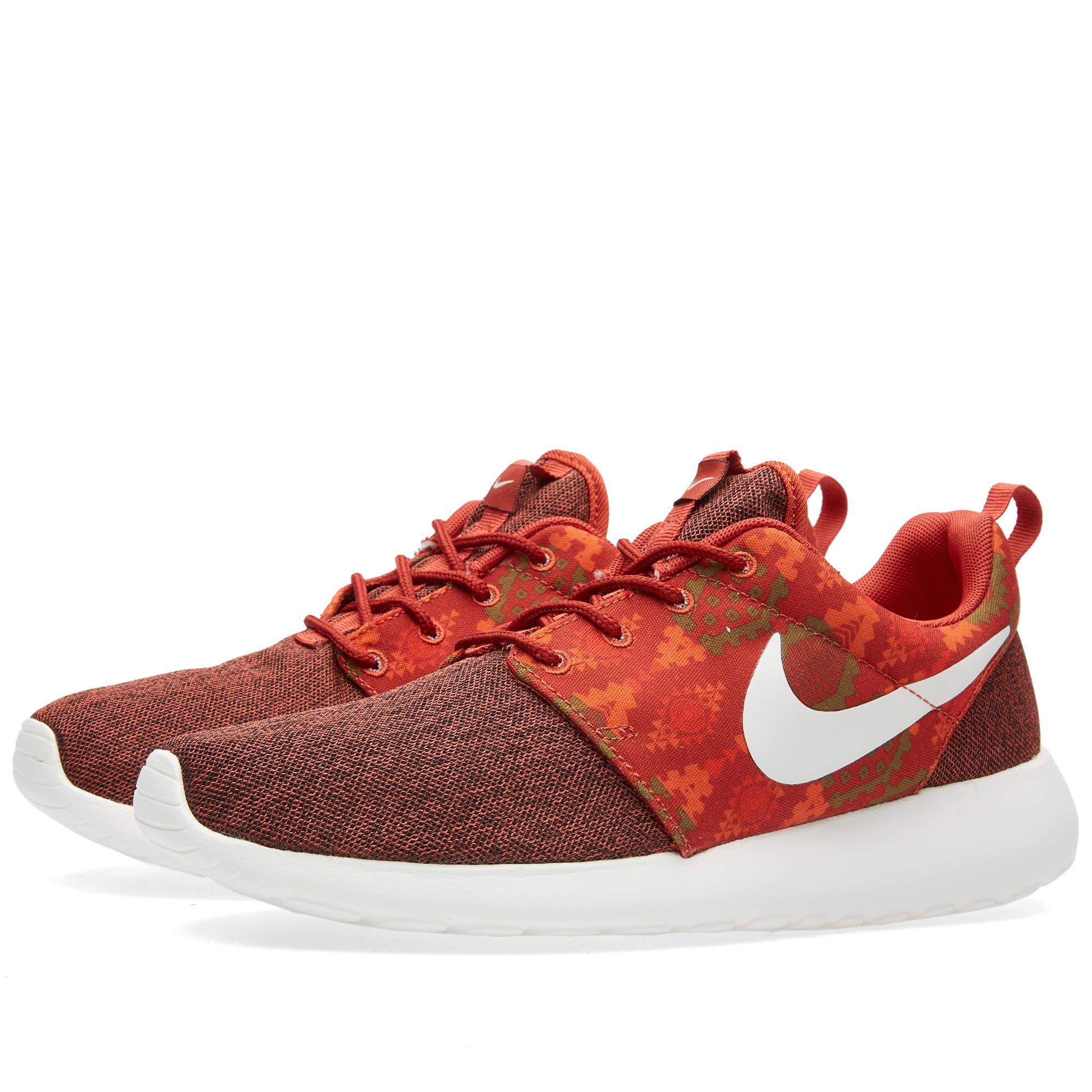 new styles 426b2 4ddcc Nike Roshe One Print