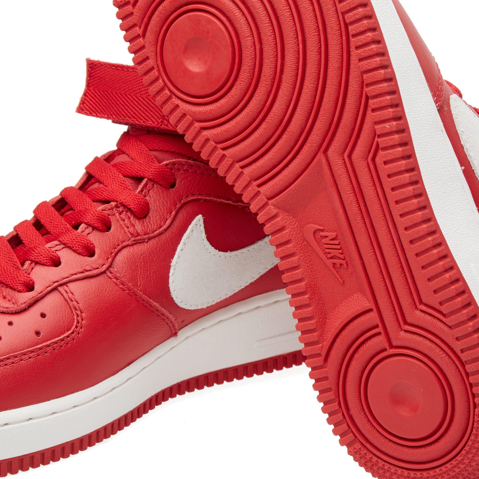 watch 56d2d 4c09a Nike Air Force 1 Hi Retro QS