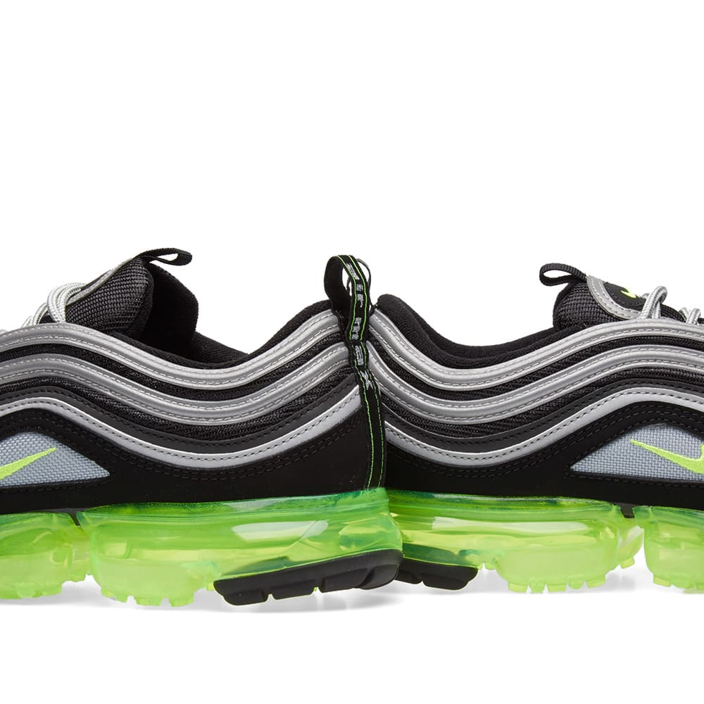 the latest d4ebf ad1e3 Nike Air VaporMax '97