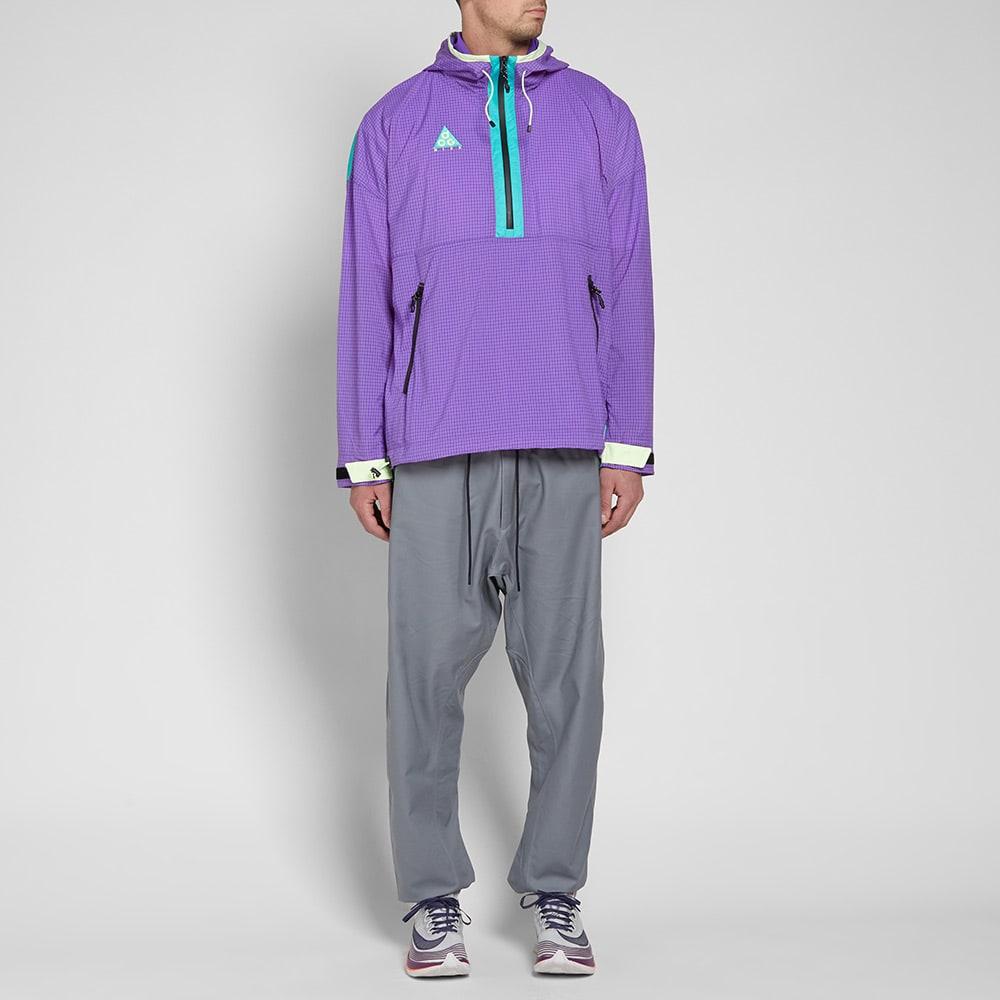 Nike ACG Woven Hooded Jacket