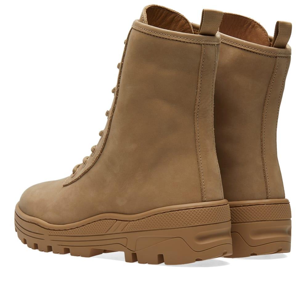 c76e5298d4247 Yeezy Season 5 Combat Boot Taupe Nubuck