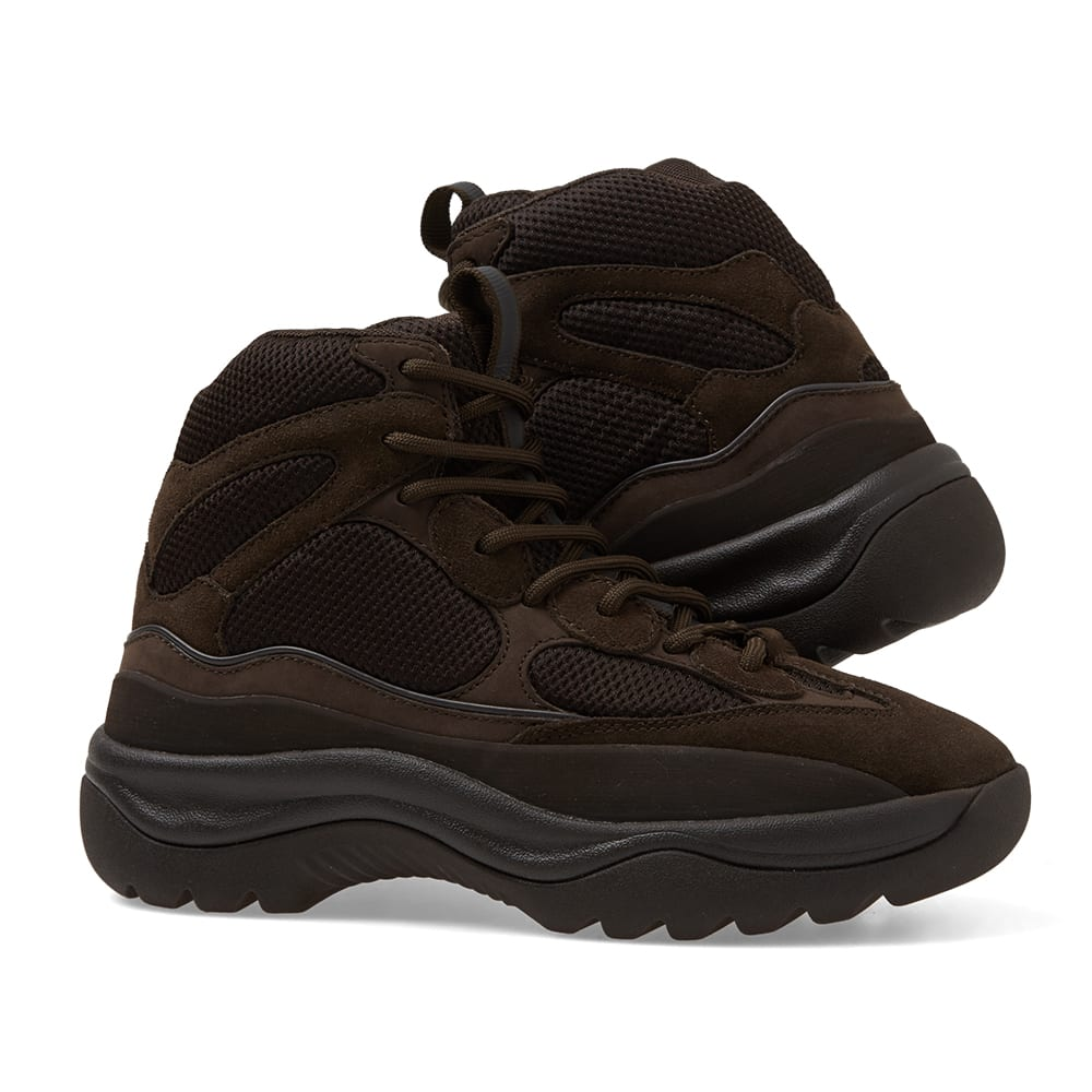 de717499be791 Yeezy Season 7 Desert Boot Oil