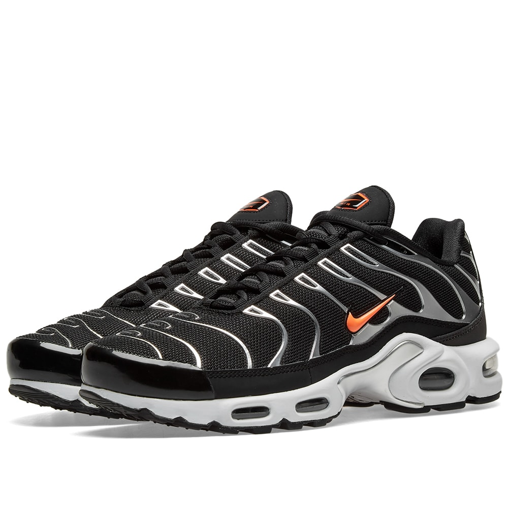 Nike Air Max Plus TN SE Black, Crimson & Dark Grey | END.