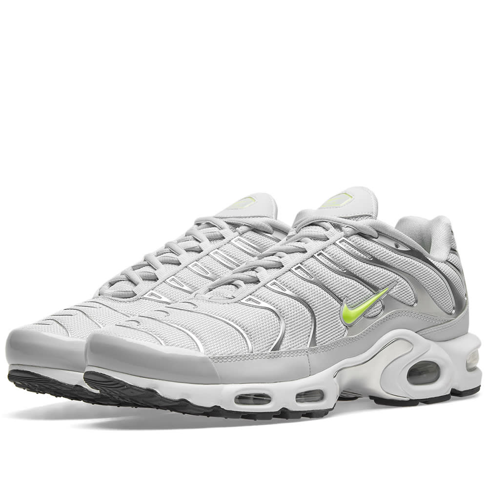 cheap for discount 7e8a7 b584f Nike Air Max Plus TN SE Pure Platinum   Volt   END.