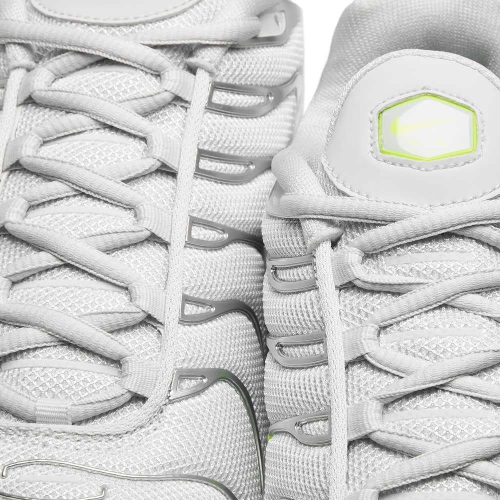 Nike Air Max Plus TN SE Pure Platinum
