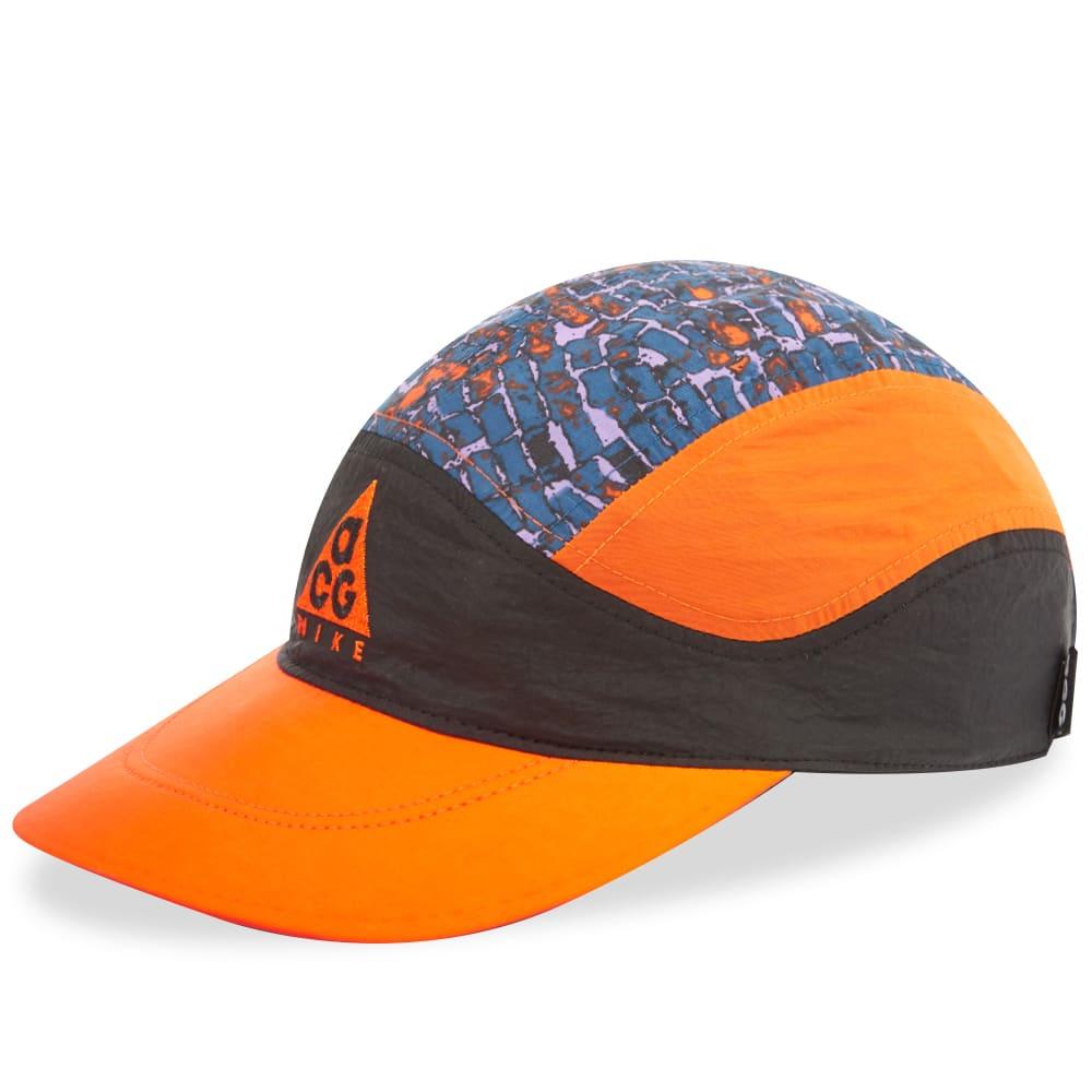 e8042e6a3db46 Nike ACG Tailwind Cap Safety Orange