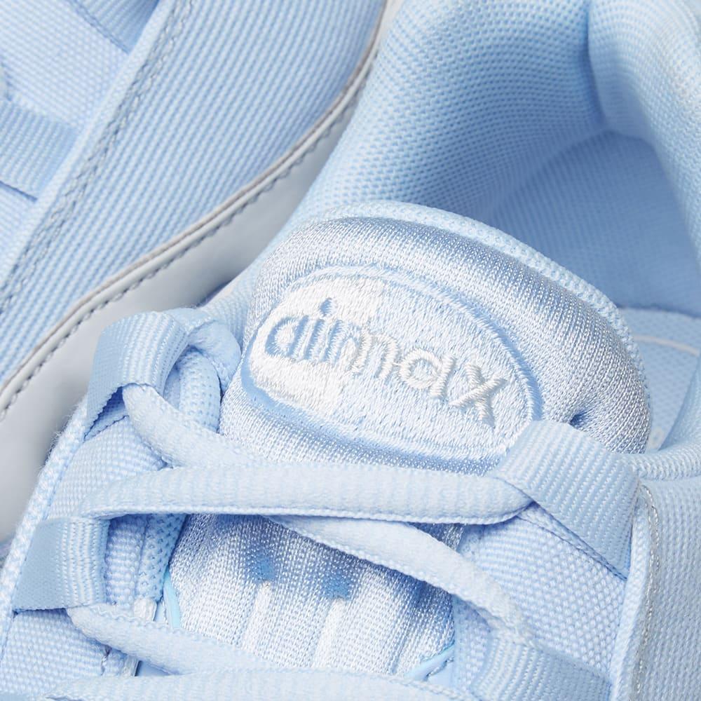 f0b14c4b49 Nike Air Max 95 W. Royal Tint ...