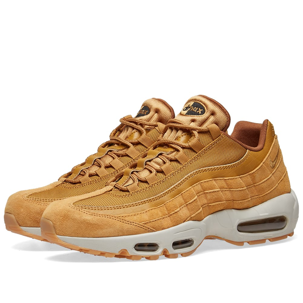 the best attitude fe2ff ec3ef Nike Air Max 95 SE Wheat, Light Bone   Black   END.
